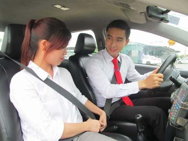 Những kinh nghiệm giúp tài xế taxi có thu nhập cao
