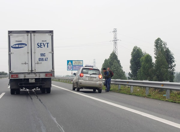 Nguyên tắc vàng cho xe taxi trên đường cao tốc
