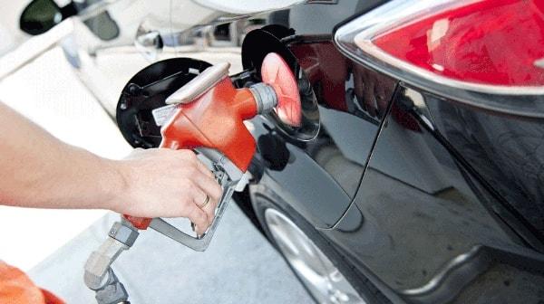 10 cách tiết kiệm xăng cho xe ô tô