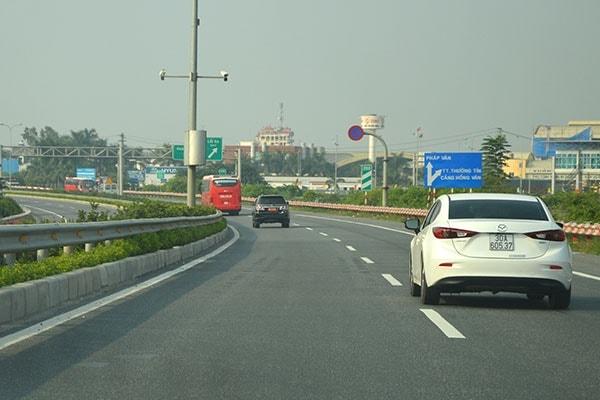 Những lưu ý quan trọng khi lái xe với tốc độ cao trên đường cao tốc 2