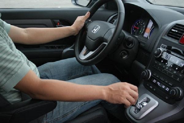 Kinh nghiệm lái xe ôtô vào giờ cao điểm 2