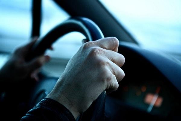 Nguyên tắc vàng khi lái xe vào ban đêm đảm bảo an toàn 2