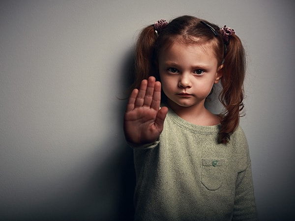 8 điều cần dạy con để phòng tránh nguy cơ bị bắt cóc, xâm hại 4