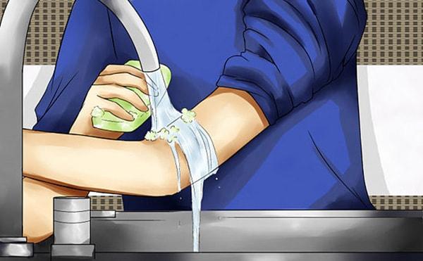 cách chữa bệnh viêm da tiếp xúc 2